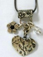 Heart flower pearl pendants necklace