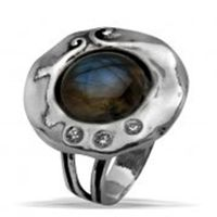Israeli typical silver ring set with gemstone