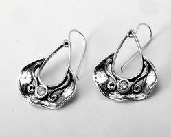 Israeli jewelry sterling silver dangle earrings