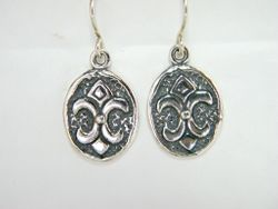 Sterling silver jewelry earrings Gothic flower of the Lis design