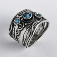 Israeli jewelry Silver ring with opals