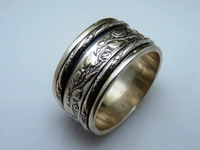 Israeli jewelry sterling silver spinner ring floral design