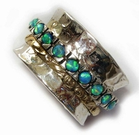 Opals ring silver and gold