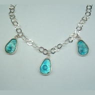 Roman glass 3 drops necklace