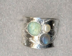 Roman glass ring  set roman glass labradorite and pearl