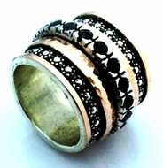 Rose gold on sterling silver garnets band spinner ring
