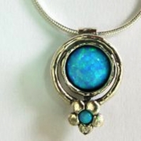 Silver Necklace bluo opal floral motif