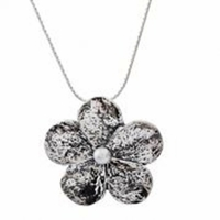 Silver Necklace flower pendant pearl