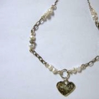 Silver Necklace Heart with pearls