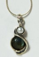Silver Necklace pearl & labradorite