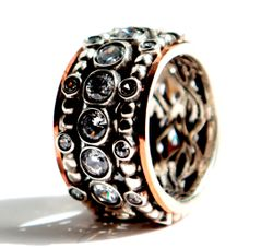 Spinner ring for woman ring set with cz zircons