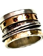 Spinner rings for woman with gemstones