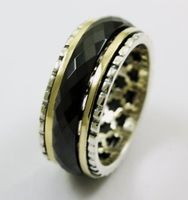 Ring silver gold with a ceramic band