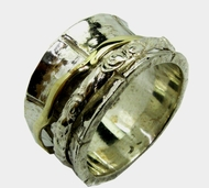 Spinning ring elegant silver and gold