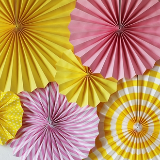 Lemon Yellow and White Paper Pinwheel Decorating Kit 6pcs
