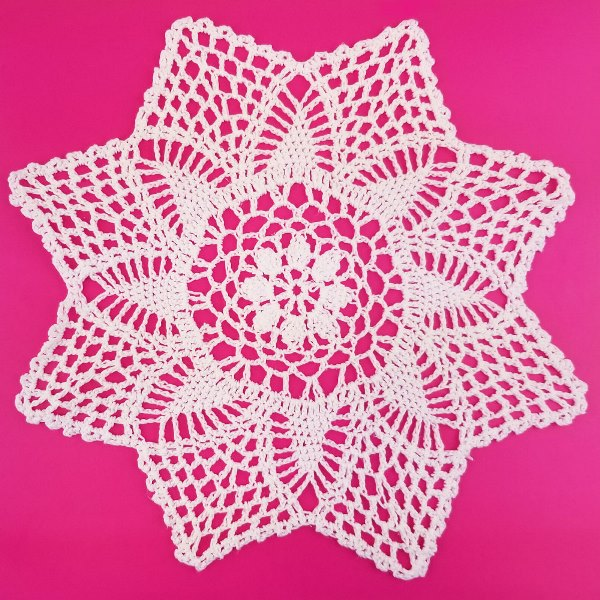 Medium Cotton Lace Crocheted Doilies 4pcs Rosalie White