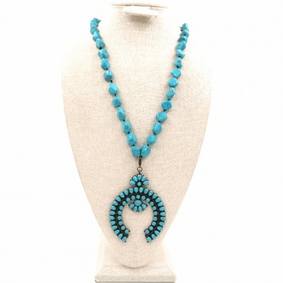 Squash blossom pendent necklace Turquoise
