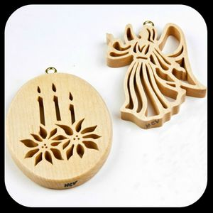 <H3>HAND CUT ORNAMENTS<H3>