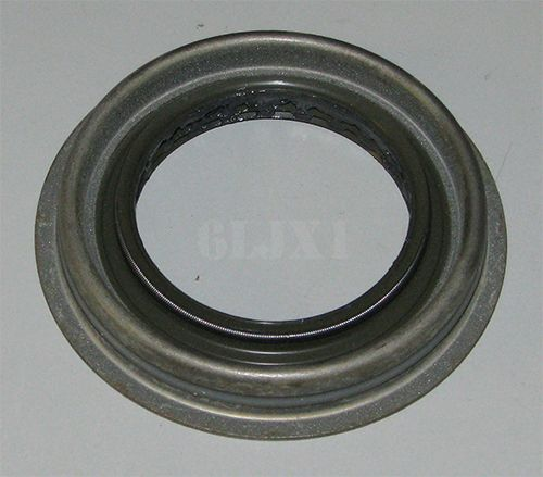 Oil Seal For HMMWV Differential Pinion Shaft, 5579448 / 41292