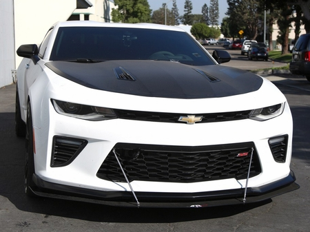 APR CW-603624 Camaro SS 1LE Carbon Fiber Splitter with Rods 2016-2019