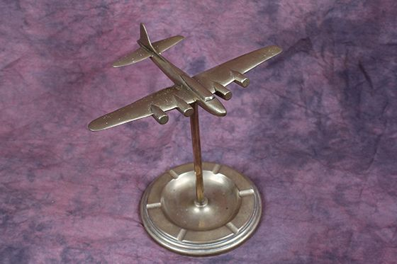 ORIGINAL WW2 Era B-17 Flying Fortress SOLID Brass Ashtray/Sculpture