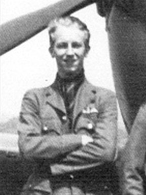 """Squadron Leader P.W<br>. """"Nip"""" HIPPELL<br> RAF Fighter Pilot"""