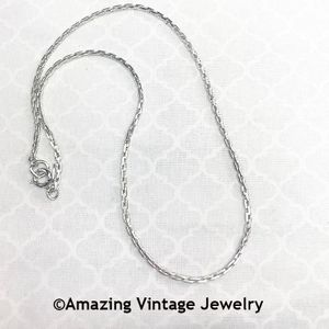 EMBRACEABLE Chain Necklace - Silver