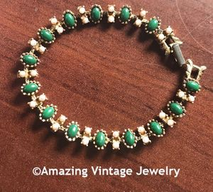 Faux jade and Pearl Bracelet - Great Britain