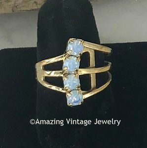 Goldtone Ring with 4 Faux Opals