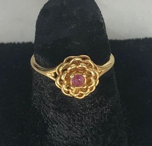 Goldtone Ring with Pink Rhinestone - Size 5