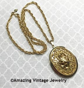 HEIRLOOM LOCKET Necklace