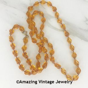 HOLIDAY BEADS Necklace - Amber