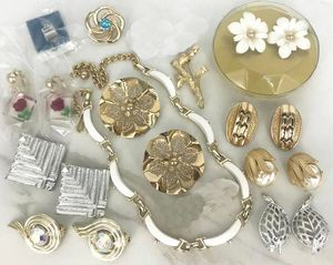 COLLECTORS LOT OF 12 Pieces of Sarah Coventry Jewelry
