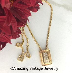 MADEMOISELLE Necklace