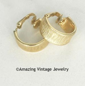 MATCHMAKER Earrings - Goldtone