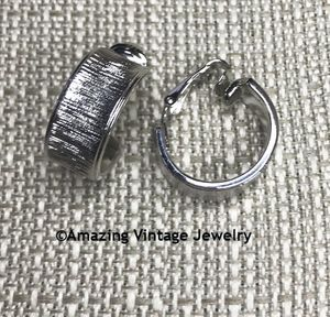 MATCHMAKER Earrings - Silvertone