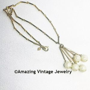 MATINEE ELEGANCE Necklace