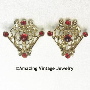 SERENADE Earrings - Red