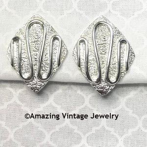 SILVERY NILE Earrings