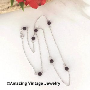 STERLING BIRTH CHAIN - January Garnet