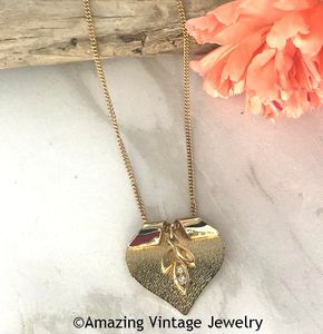 TENDERLY Necklace