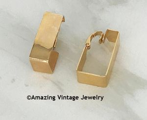 TIMES SQUARE Earrings - Clip