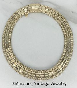 TURN-A-BOUT Necklace