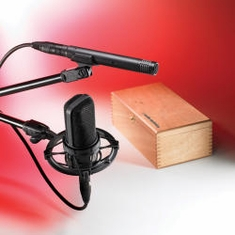 AUDIO-TECHNICA AT4040SP 40 Series Studio Pack includes: AT4040 large-diaphragm side-address condenser microphone; AT4041 cardioid condenser end-address microphone; AT8449 shock mount; AT8405a stand clamp; AT8159 windscreen