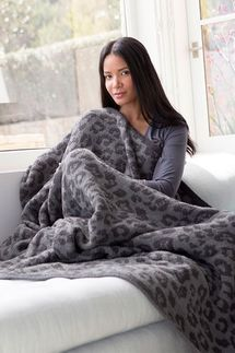 Barefoot Dreams In The Wild Graphite/Carbon CozyChic Leopard Throw
