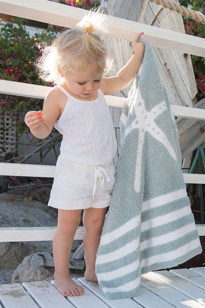 Barefoot Dreams Starfish CozyChic Seafoam Green Blanket