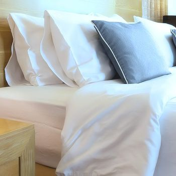 Oxford SuperBlend T-180 Pillowcases, White, 55% Cotton / 45% Polyester