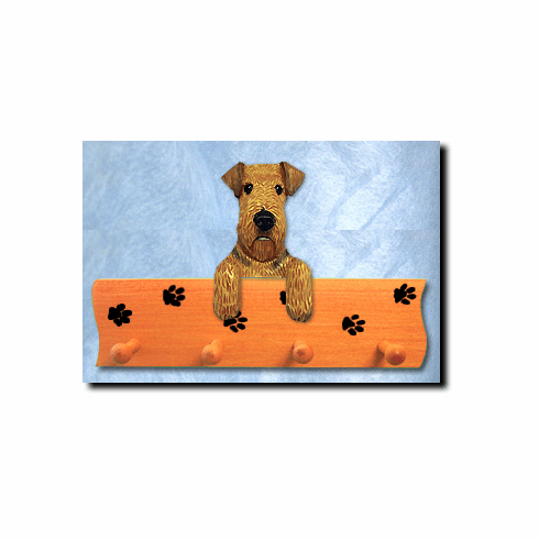 Airedale Terrier Dog Four-Peg Hang Up