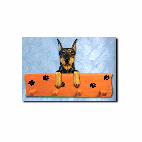 Doberman Pinscher Dog Four-Peg Hang Up