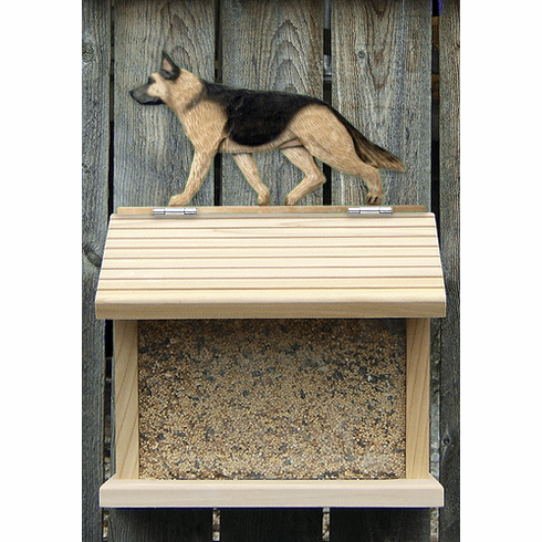 German Shepherd Bird Feeder-Tan w/ Black Saddle